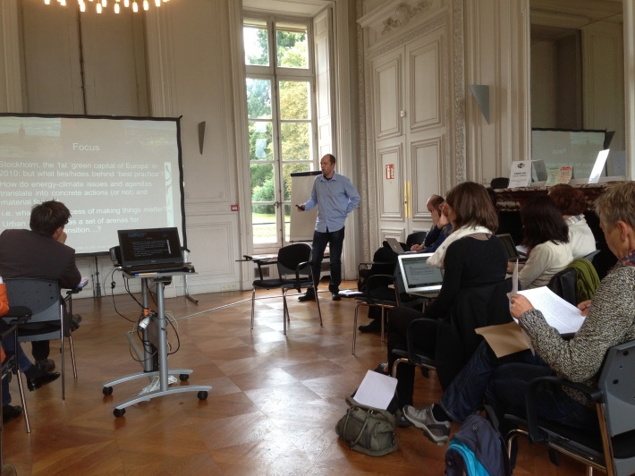 Jonathan Rutherford's presentation. The workshop was held at the CNRS site in Gif-sur-Yvette.